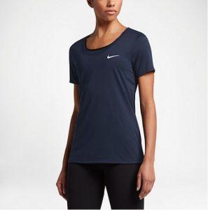 comunicación Rebobinar Ten cuidado  Camisetas de deporte Nike para mujer: los mejores modelos enero 2021